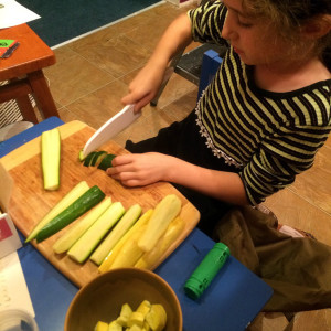 151110cuttingzucchini